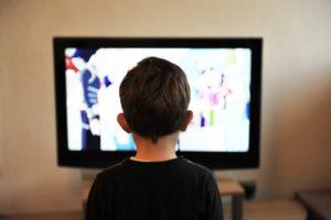 Jak komfortowo, legalnie i bezpiecznie oglądać filmy w usłudze VOD?