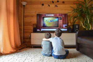 Na jakich platformach najlepiej oglądać najnowsze filmy i seriale?